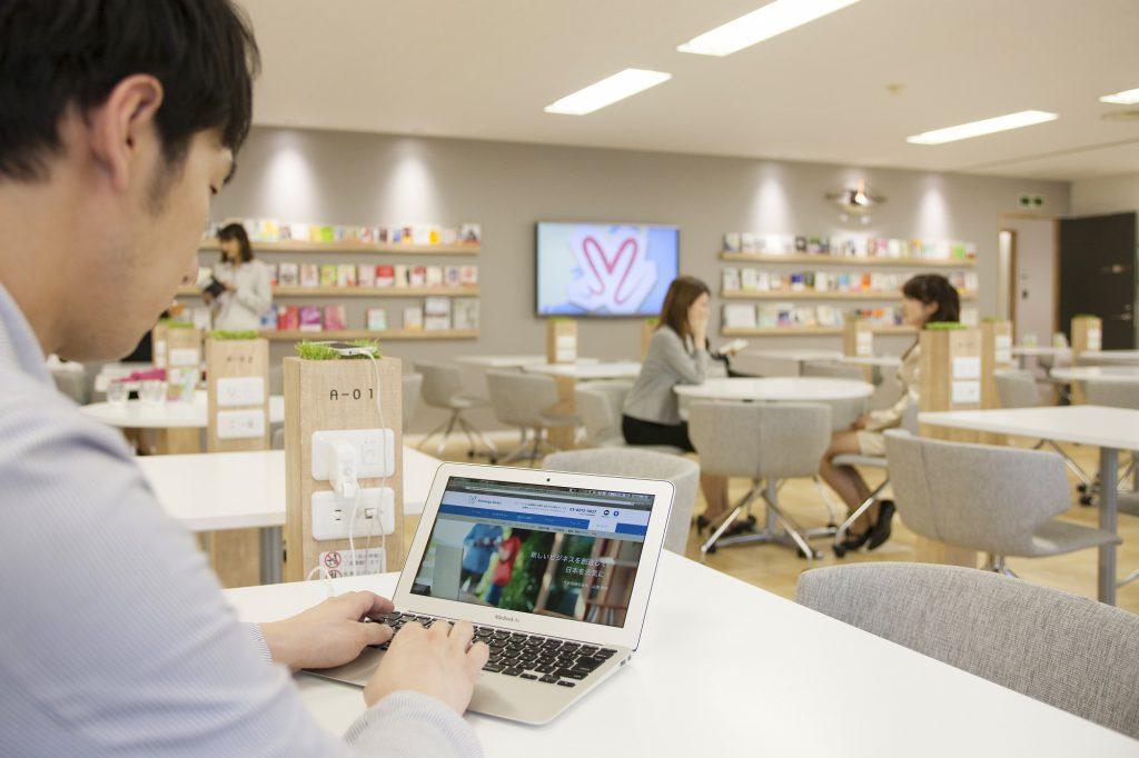 高速Wi-Fi,コワーキングスペースのネット