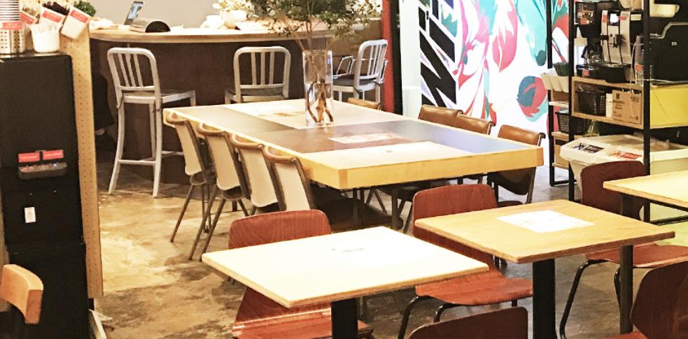 コワーキングスペース basement cafe
